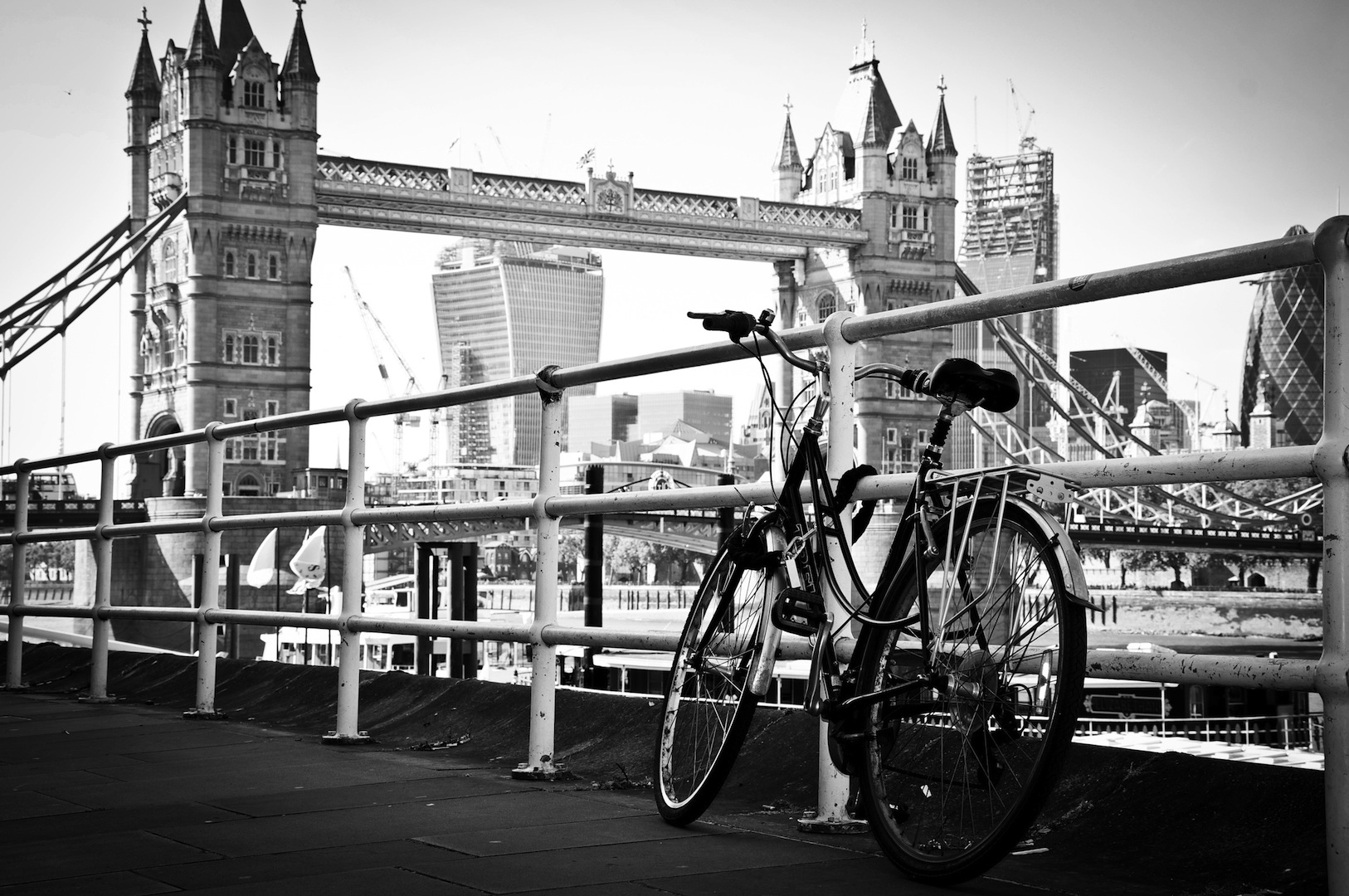 Discover London While Cycling Unique Tours Factory