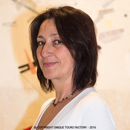 Catherine, private guide in Paris for UniqueToursFactory
