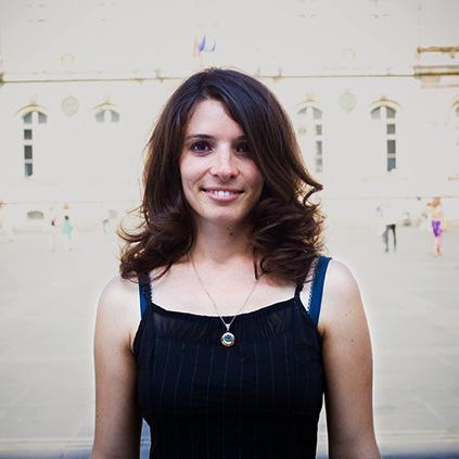 Clémence, guide privée à Lyon pour UniqueToursFactory