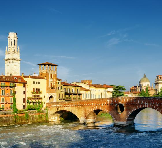 Private tour around Romeo and Juliet in Verona