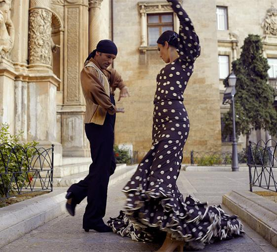 Private tour in Madrid with flamenco lesson and tapas tasting