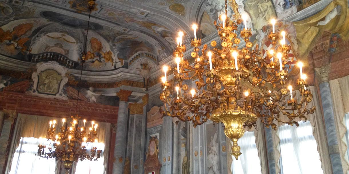 Private tour around Casanova and the carnival in Venice