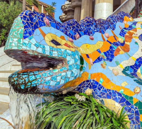 Half day Gaudi private tour in Barcelona