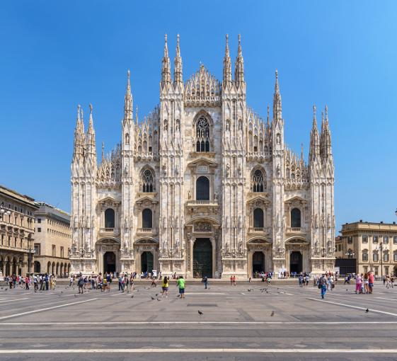 Private visit of Duomo cathedral followed by gastronomic tasting in Milan
