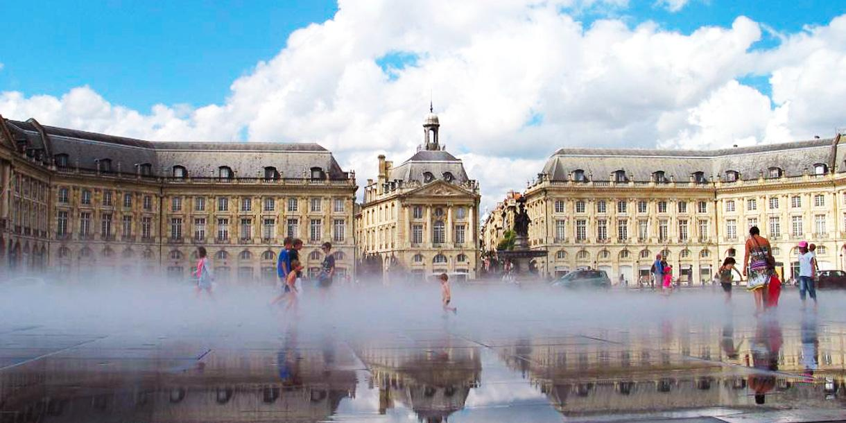Private full day walking tour in Bordeaux