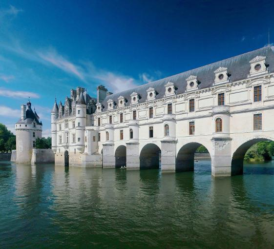 Private family tour of the Château de Chenonceau in the Loire Valley