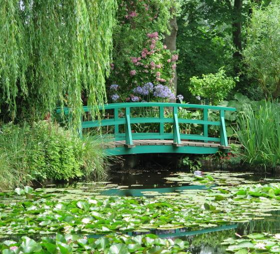 Private art and history tour in Giverny