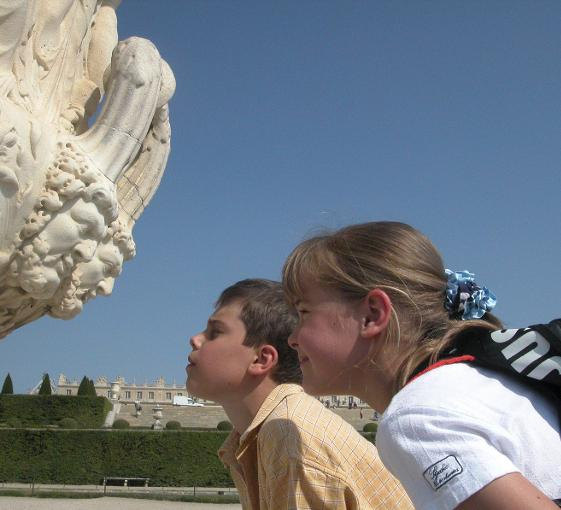Private family tour of Versailles in Paris